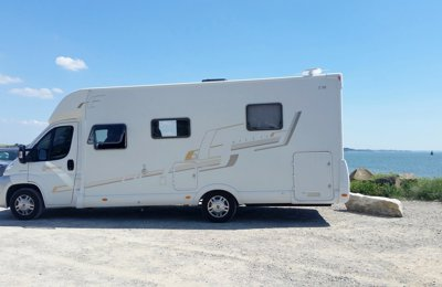Camping-car Profilé Fiat Ducato Bavaria T74 en location à Péaule