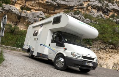 Camping-car Capucine Chausson Flash 3 en location à Montferrat