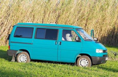 location de camping cars et vans avignon yescapa. Black Bedroom Furniture Sets. Home Design Ideas