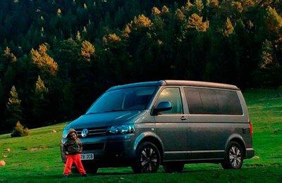 Campingbus Volkswagen California Beach T5 zu vermieten in Vilanova I La Geltrú