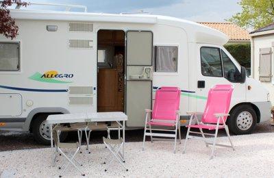 Camping-car Profilé Chausson Allegro 67 en location à La Chevrolière