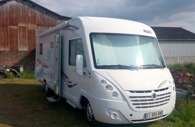 location camping car int gral bondues itin o sb740 2014 yescapa. Black Bedroom Furniture Sets. Home Design Ideas
