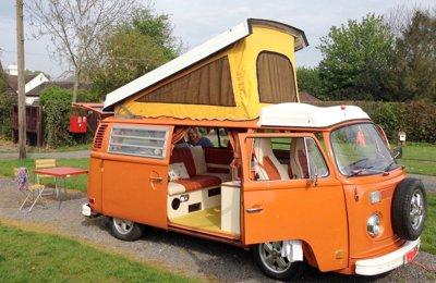 Camper Volkswagen 1974 Lhd Bay Window Classic Camper Van For rent in Hollywood