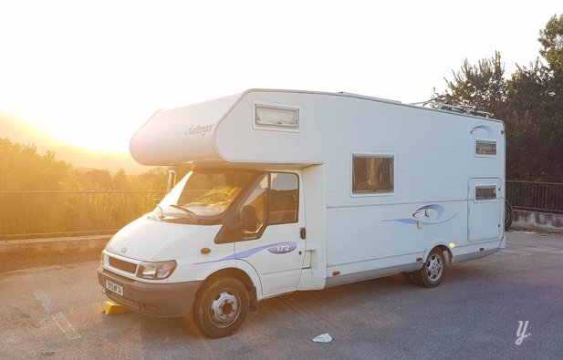location camping car capucine bons en chablais ford challenger 172 2001 yescapa