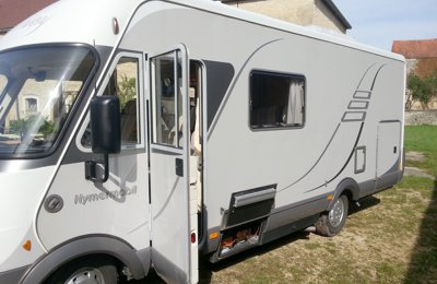 RV 'A' class Hymer B614 For rent in Fauverney