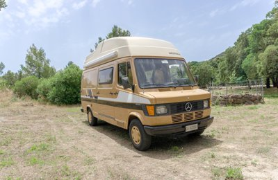 Van Original Westfalia James Cook Mercedes Benz 309D condiviso a Albagiara