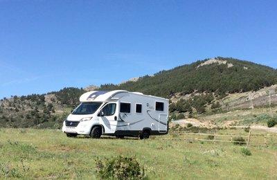 Autocaravana Perfilada Elnagh Tlof 530 Elnagh Tlof 530 En alquiler en Madrid