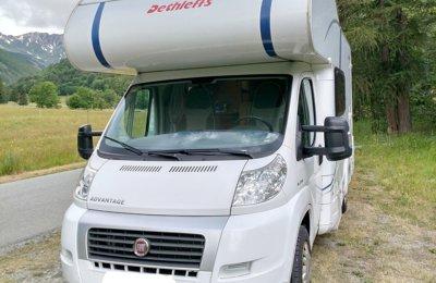 RV Coachbuilt Dethleffs A5881 For rent in Terrassa