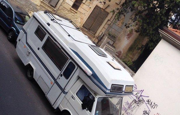 vermietung alkoven wohnmobil olbia volkswagen puma 600. Black Bedroom Furniture Sets. Home Design Ideas