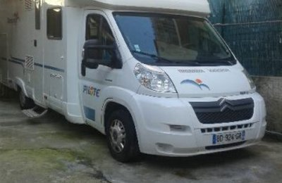 Motorhome Low profile Pilote P 690  For rent in Marseille