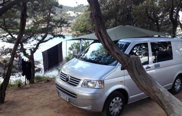 noleggio van briscous volkswagen t5 2007 yescapa. Black Bedroom Furniture Sets. Home Design Ideas