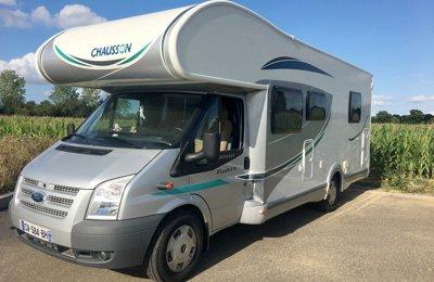 Camping-car Capucine Chausson Flash 19 en location à Cintré