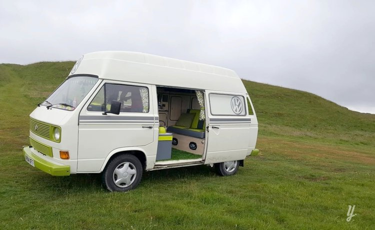 74f355e013 Hire Campervan - Upton - Volkswagon T25 1983