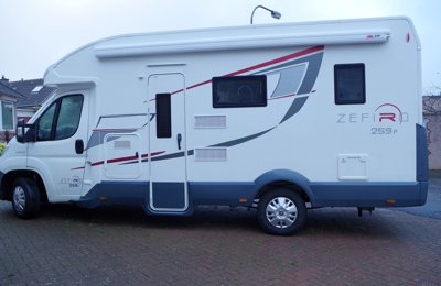 Motorhome Low profile Rollerteam Zefira 259P For rent in Dalkeith