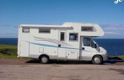 Camping-car Capucine Fiat Auros 15 en location à Vigneux De Bretagne