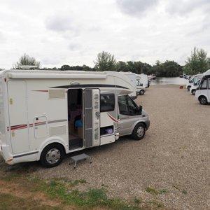 Low profile motorhome rental - Jean-Francois
