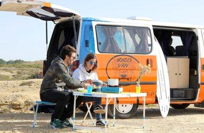 Campervan Toyota Hiace em aluguer em Sintra