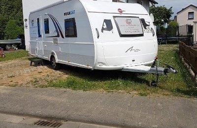 Wohnwagen Bürstner Averso Top 560 Tk zu vermieten in Florstadt