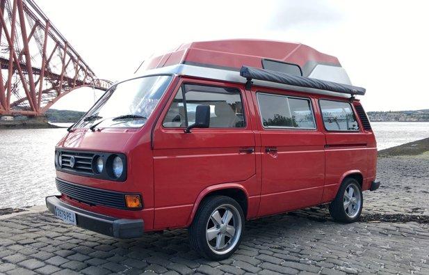 Campervan Volkswagen T25 rental