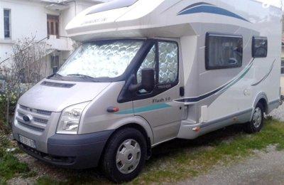 Camping-car Profilé Chausson Flash 10 en location à Avignon