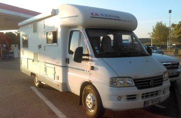 Location De Camping Cars Et Vans Drôme Yescapa