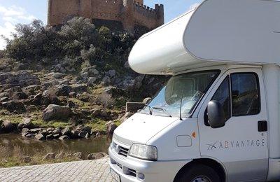 Autocaravana Capucino Fiat 244 em aluguer em Porto