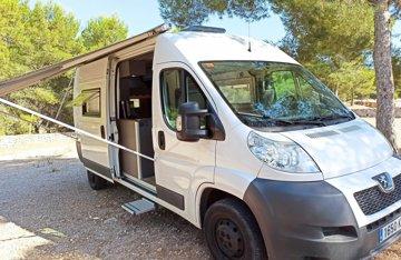 Alquiler De Autocaravanas Y Furgonetas Camper Murcia Yescapa