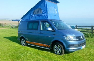 Campervan Volkswagen Transporter T6 Automatic For hire in Ilkeston