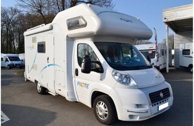 RV Coachbuilt Pilote A660 For rent in Cormeilles En Parisis
