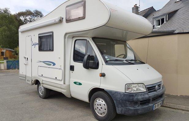 location camping car capucine saint brieuc fiat ducato mac louis 2003 yescapa. Black Bedroom Furniture Sets. Home Design Ideas