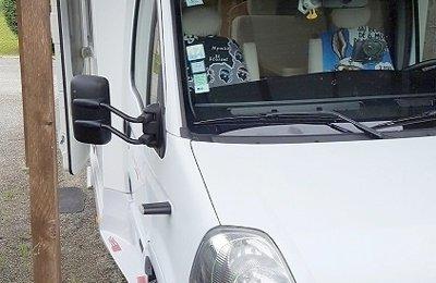 Camping-car Profilé Renault Roller.Team en location à Coutras