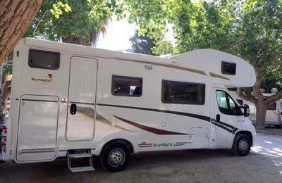 Camping-car Capucine Sunlight A72 en location à Agen