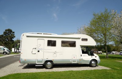 Motorhome Coachbuilt Ahorn Ahorn Camp F690 For hire in Maidstone