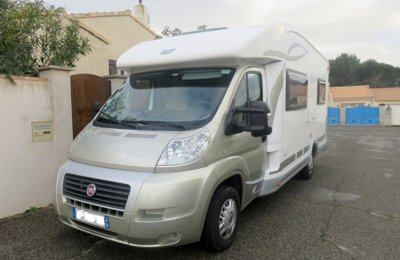 Location de camping cars et vans yescapa - Location camping car salon de provence ...