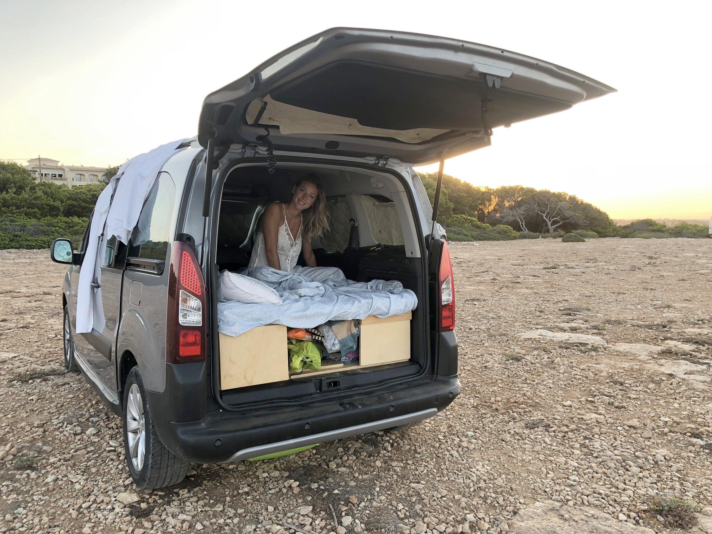 Alquiler Camper Gran Volumen Palma Peugeot Partner Teppe Multiadventure 2018 Yescapa
