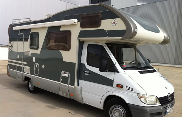 location camping car capucine santander mercedes sprinter rimor 2005 yescapa. Black Bedroom Furniture Sets. Home Design Ideas