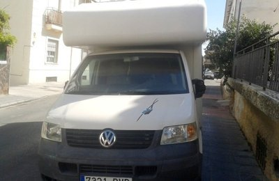 Autocaravana Caputxina Volkswaguen Transporter en lloguer a Monachil