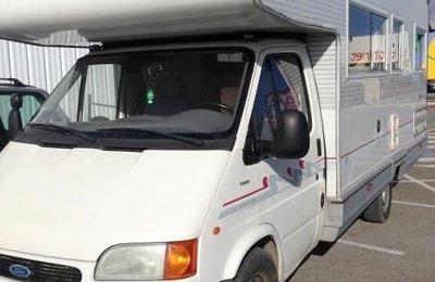 Camping-car Capucine Ford Transit Chalengers en location à Le Boupère