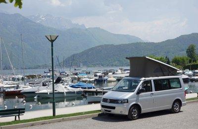 Van Volkswagen T5 California Beach en location à Annecy-Le-Vieux