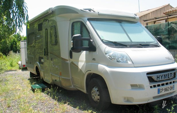 location camping car profil narbonne hymer hymer tramp 654 sl 2009 yescapa. Black Bedroom Furniture Sets. Home Design Ideas