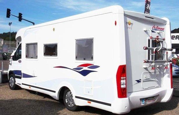 location camping car profil montrieux en sologne challenger eden 312 2007 yescapa. Black Bedroom Furniture Sets. Home Design Ideas