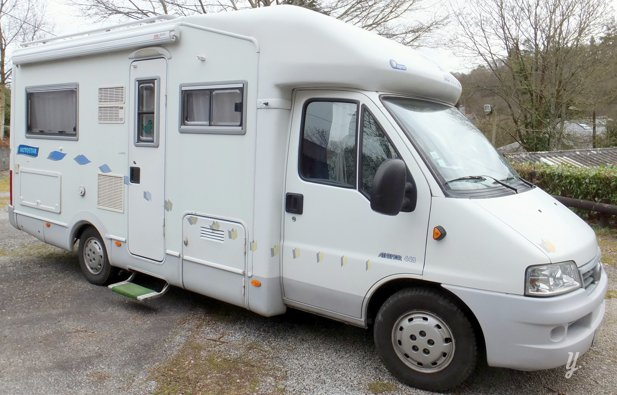 location camping car profil chateaulin autostar. Black Bedroom Furniture Sets. Home Design Ideas