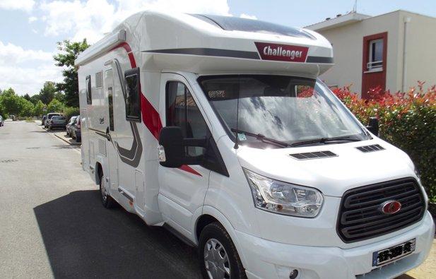 Location du Camping-car Profilé Challenger 290 Spécial Edition