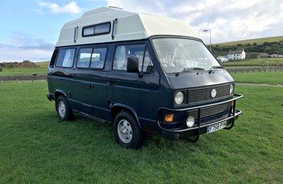 Van Volkswagen Transporter en location à Greenisland