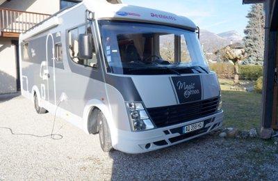 Camping-car Intégral Dethleffs Magic Edition en location à Metz