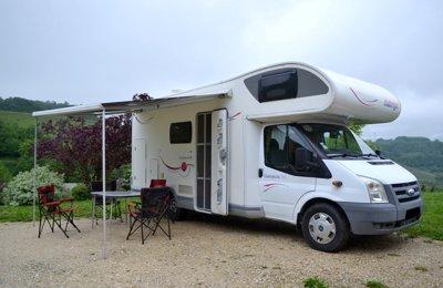 Camping-car Capucine Challenger Genesis 43 en location à Quincieu
